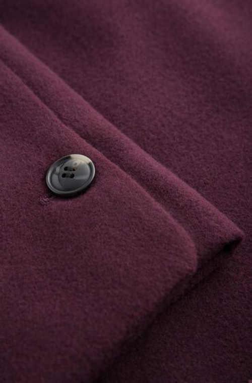 dámský kabát se šálovým límcem a opaskem