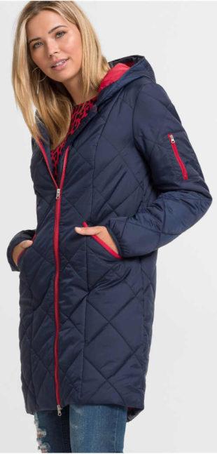 Dlouhý prošívaný dámský zimní kabát ideální na hory
