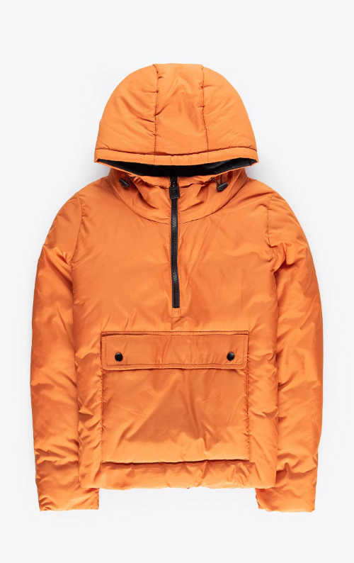 moderní vatovaná bunda s praktickou kapucí