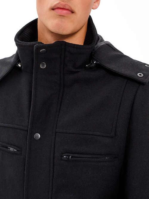 pánský kabát v moderním provedení s kapucí