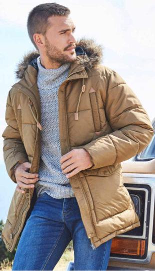 Světle hnědá prošívaná pánská zimní bunda s kapucí