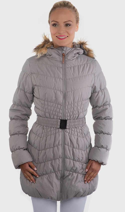 Dámský prošívaný kabát s páskem a kapucí v šedém provedení