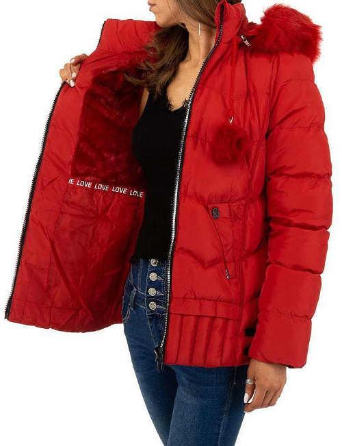 červená prošívaná zimní krátká bunda