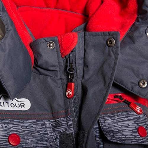 moderní chlapecká bunda skýtající komfort