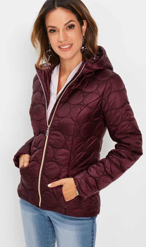 moderní dámská bunda červená na zimu