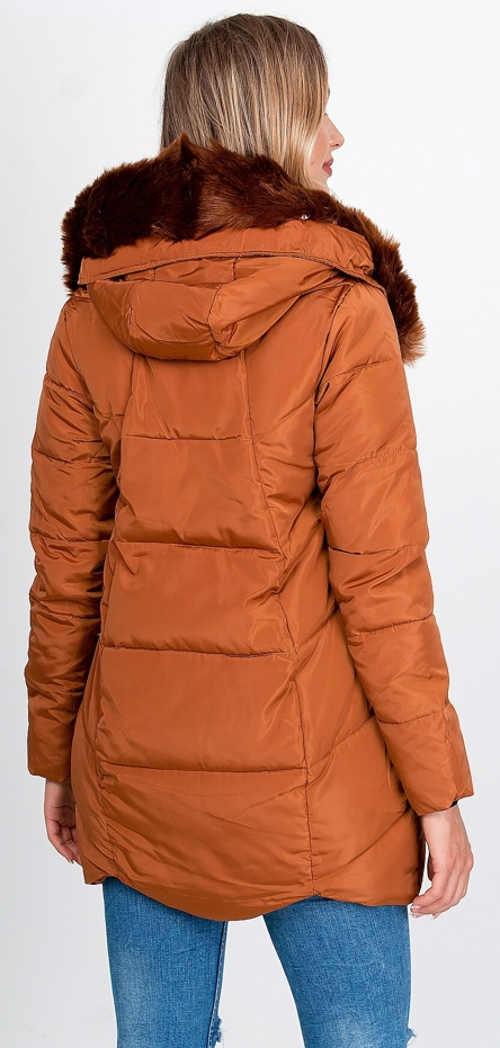 Prodloužená hnědá dámská zimní bunda