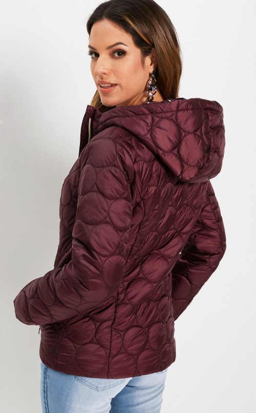 stylová dámská zimní bunda prošívaná