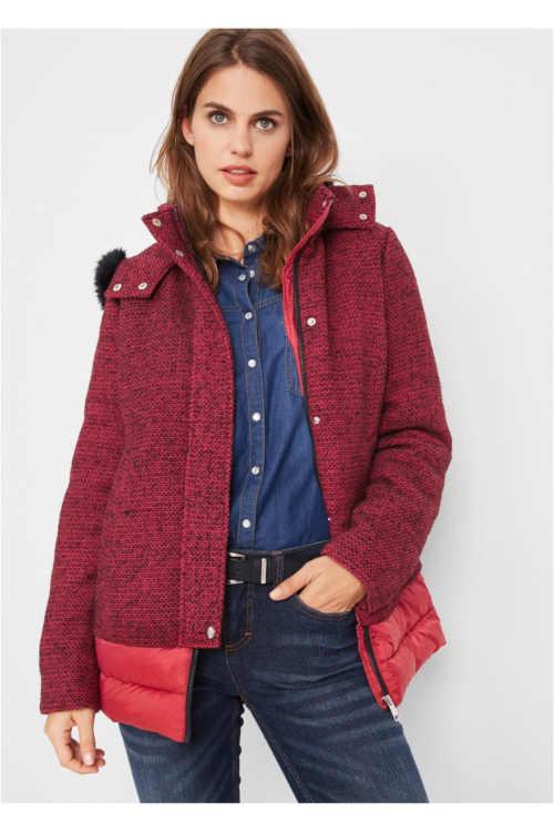 Dámská stylová zimní bunda v působivé kombinaci
