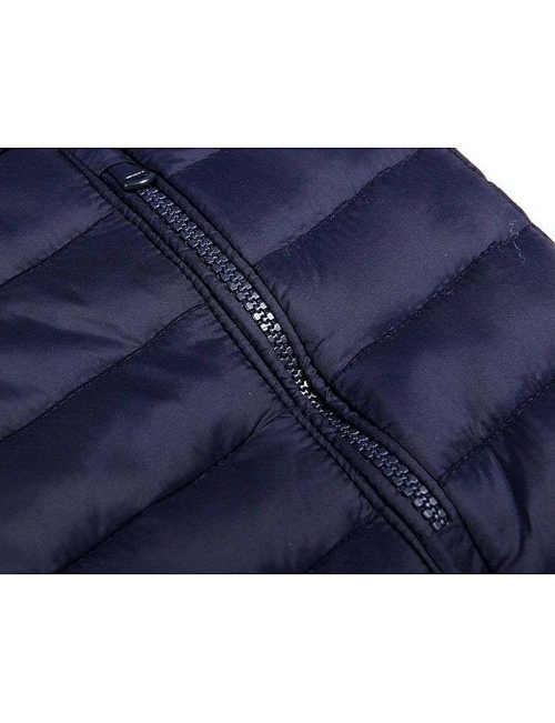 bunda v tmavě modrém provedení ve sportovním střihu