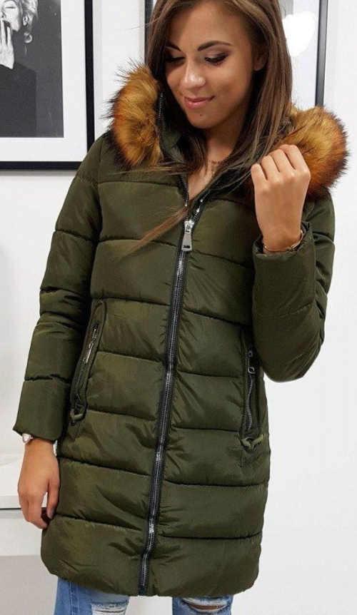 Dlouhá prošívaná khaki zimní bunda s kožíškem
