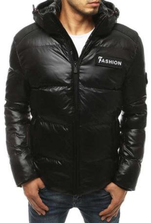 Lesklá černá pánská zimní bunda s velkou kapucí