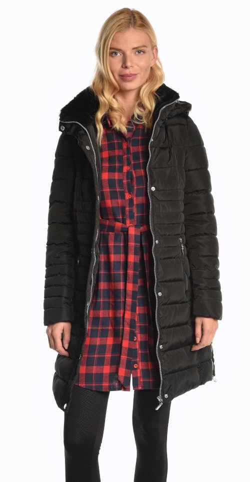 Dámská vatovaná bunda v prodloužené délce s kapucí