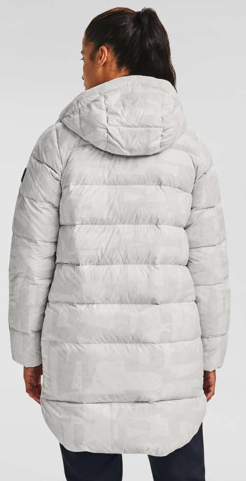 Dlouhá prošívaná zimní bunda bílé barvy