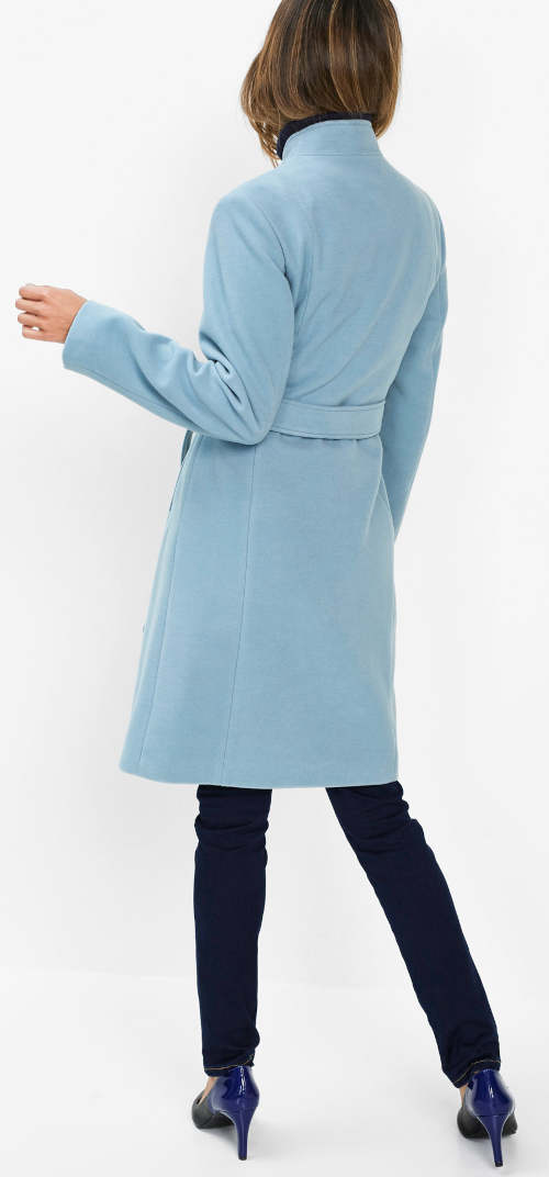 Světle modrý dámský zimní kabát