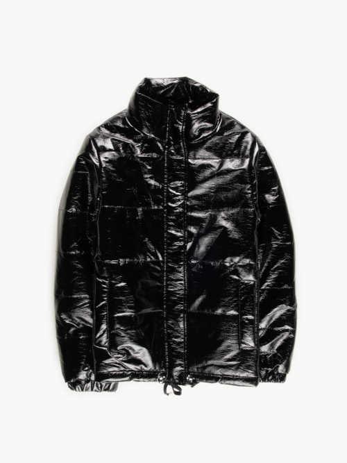 bunda v černém lesklém provedení