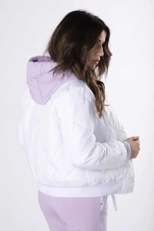 kvalitní dámská bílá bunda