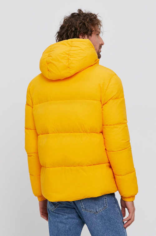 žlutá krátká prošívaná bunda