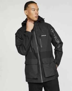 Pánská moderní bunda Calvin Klein v černém provedení