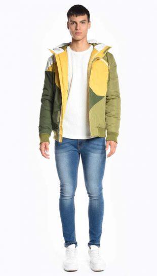 Vícebarevná moderní vatovaná bunda s integrovanou kapucí