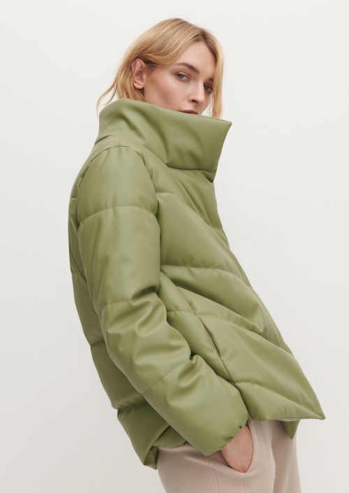 Zateplená moderní prošívaná bunda v hráškově zelené barvě