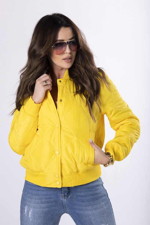 žlutá bunda do pasu